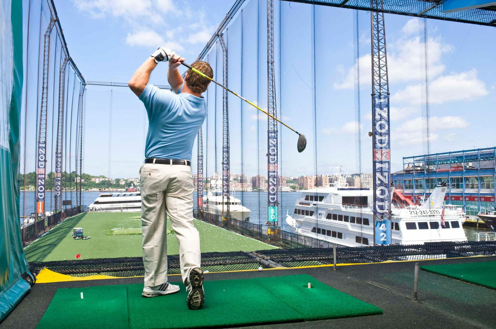 space at Golf Club at Chelsea Piers