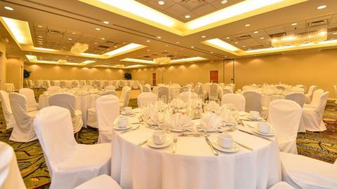 Rent event spaces venues in silver spring eventup rental space at crowne plaza dulles airport in undefined junglespirit Choice Image