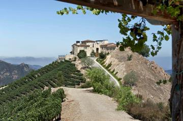 Rent malibu rocky oaks estate vineyards corporate events for Malibu rocky oaks estate vineyards wedding cost