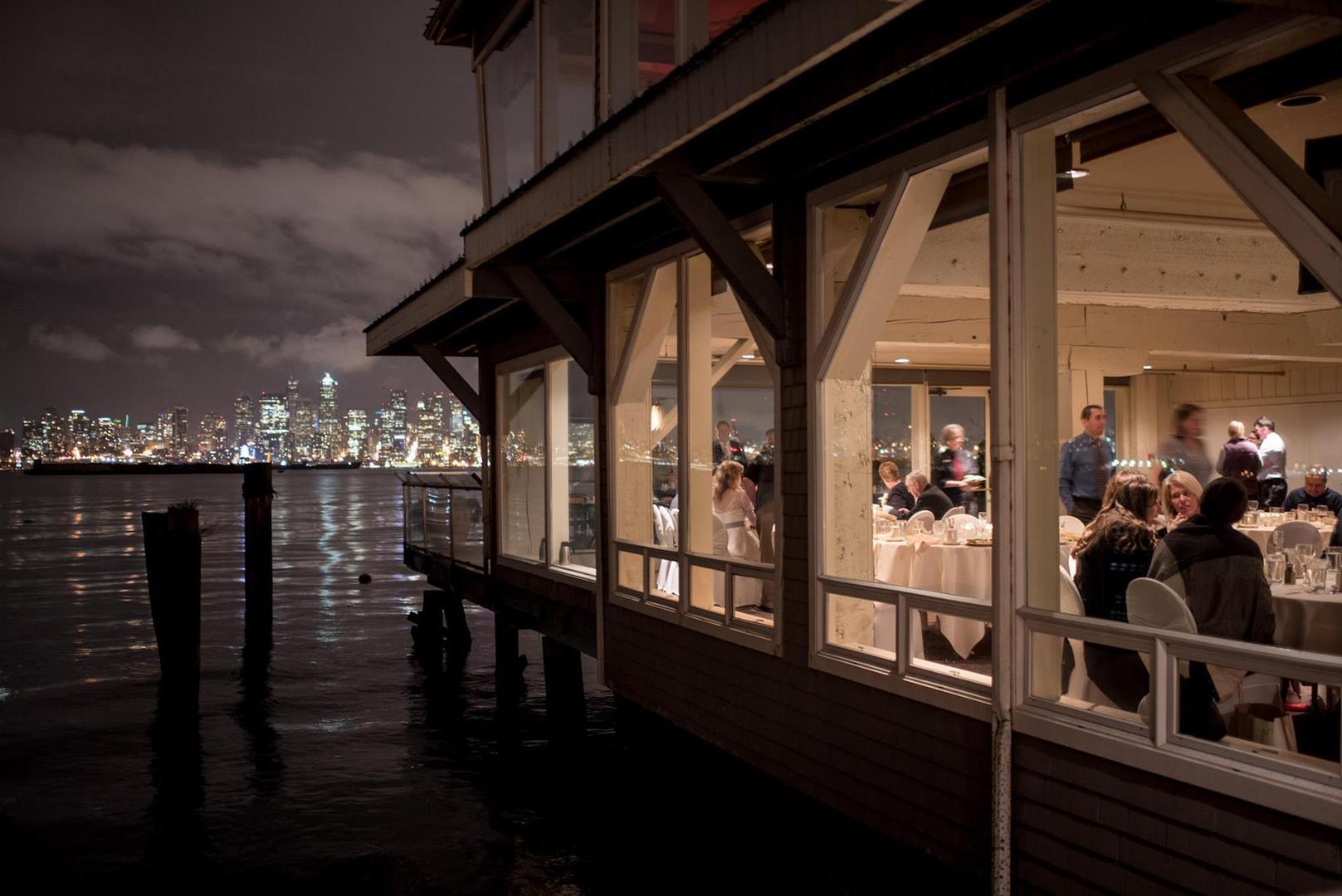 Rent Saltys On Alki Beach Corporate Events Wedding Locations